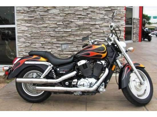 2007 Honda Shadow Sabre (VT1100C2) Cruiser Motorcycle