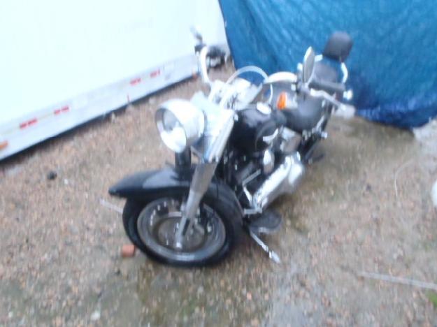 Salvage HARLEY-DAVIDSON MOTORCYCLE 1.6L  2 2011  -Ref#32160443