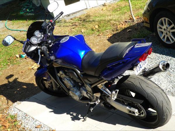 2001 Yamaha FZ1...Beautiful Machine!!