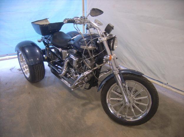 Salvage HARLEY-DAVIDSON MOTORCYCLE .9L  2 2003  -Ref#30859563
