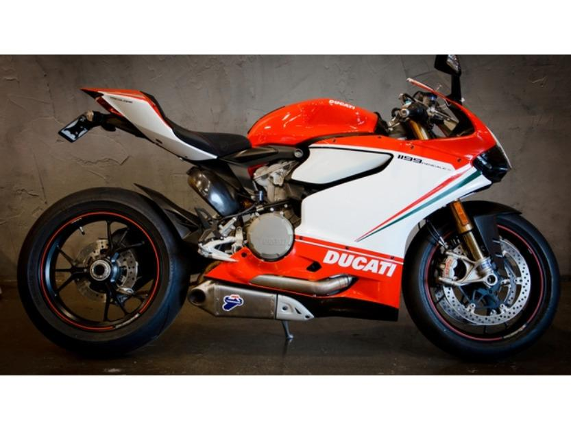 2012 Ducati 1199 Panigale Tri Colore only 189mi loaded!