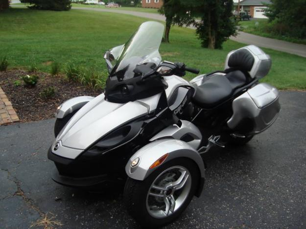 2009 Can Am Spyder SE5