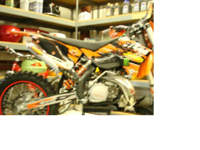 like new ktm sx 250 stroke dirt bike