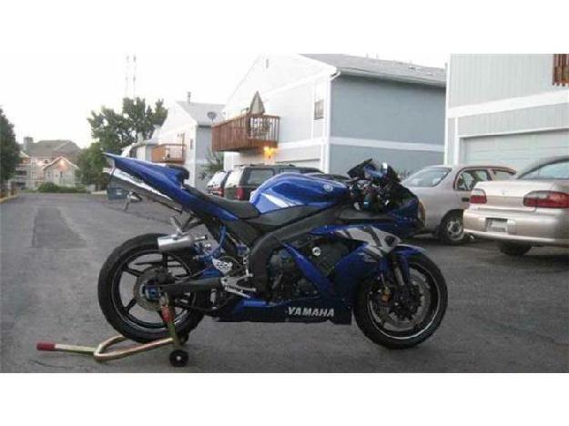 2004 Yamaha Motorcycle