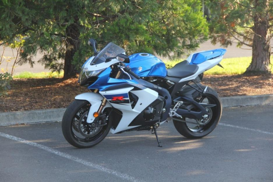 2011 Suzuki GSXR 1000 / 364 Original Miles / Mint Condition