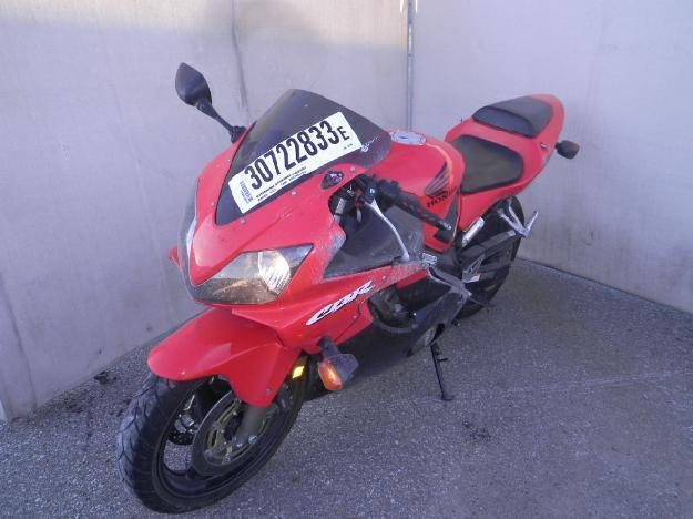 Salvage HONDA MOTORCYCLE .6L  4 2002  -Ref#30722833