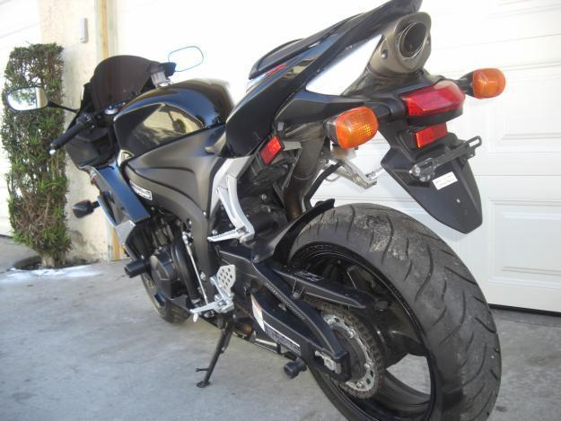 HONDA CBR RR 2007 CLEAN TITLE ONLY 2300K $5800