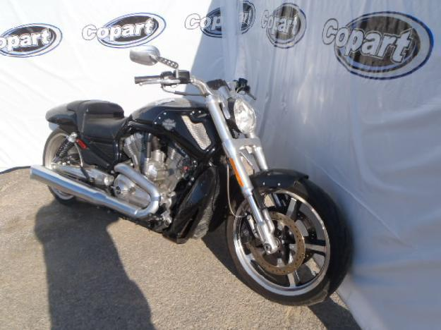 Salvage HARLEY-DAVIDSON MOTORCYCLE 1.3L  2 2012  -Ref#17057983