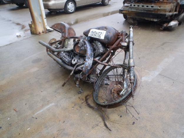 Salvage HARLEY-DAVIDSON MOTORCYCLE 1.5L  2 2002  -Ref#25145403