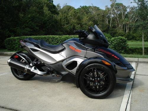 2011 can-am rss sm5 spyder at $4000