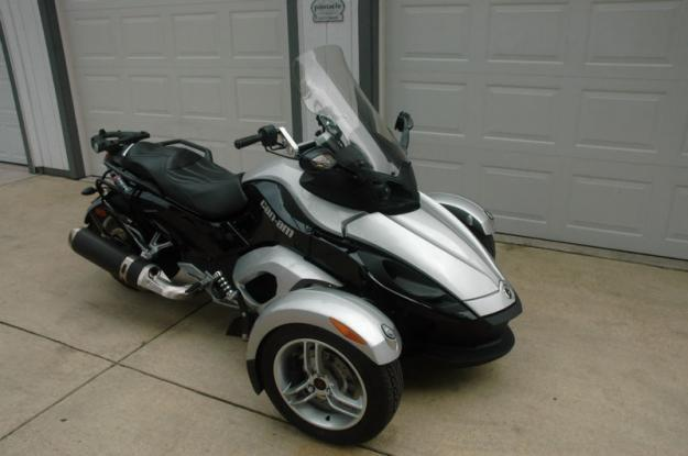 2009 Can-Am SM5