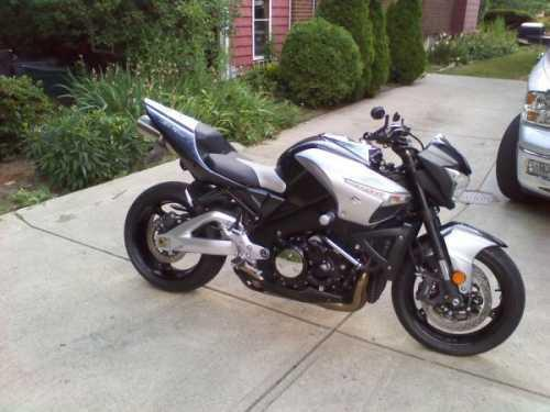 2008 Suzuki B King Sport Bike in Lakewood, OH