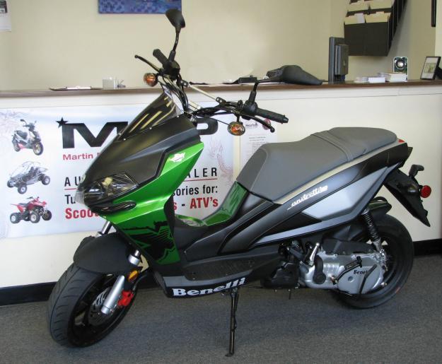 New 2009 Benelli Andretti 50cc Moped