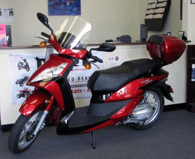 New 2009 Grand Sport 150 Moped