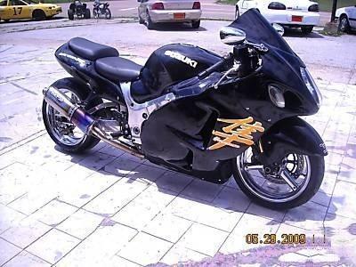 ****2005 Suzuki Hayabusa gsxr 1300***------2,500 $$$$$$$$$$$$