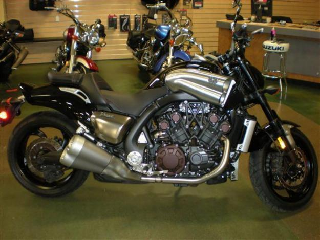 2009 Yamaha VMAX - Excellent Condition