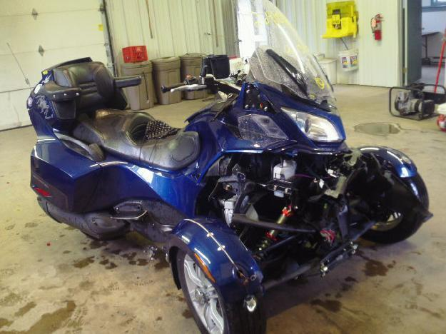 Salvage CAN-AM SPYDER 1.0L  2 2010   - Ref#26410703