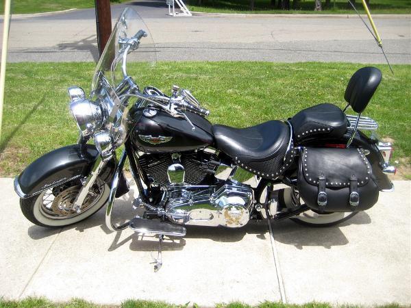 2005 Harley-Davidson FLSTN/FLSTNI Softail Deluxe