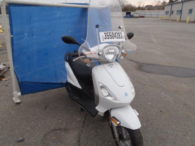 Salvage PIAGGIO MOTORCYCLE .1L  1 2009  -Ref#35504393