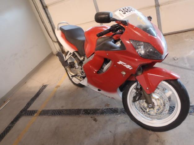 Salvage HONDA MOTORCYCLE .6L  4 2004  -Ref#34845263