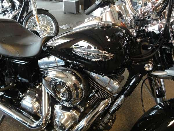 2013 Harley-Davidson FLD Dyna Switchback