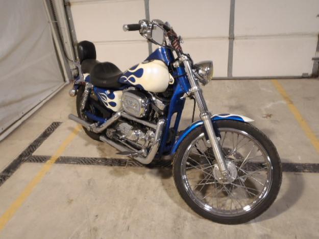 Salvage HARLEY-DAVIDSON MOTORCYCLE 1.2L  2 2001  -Ref#33881133