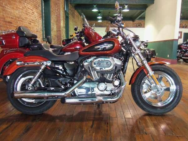 2011 Harley-Davidson Sportster 1200 Custom