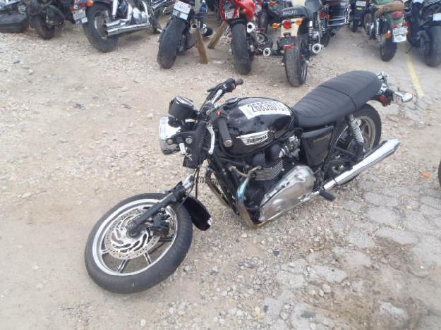 Salvage TRIUMPH BONNEVILLE .9L  2 2009  -Ref#26836013