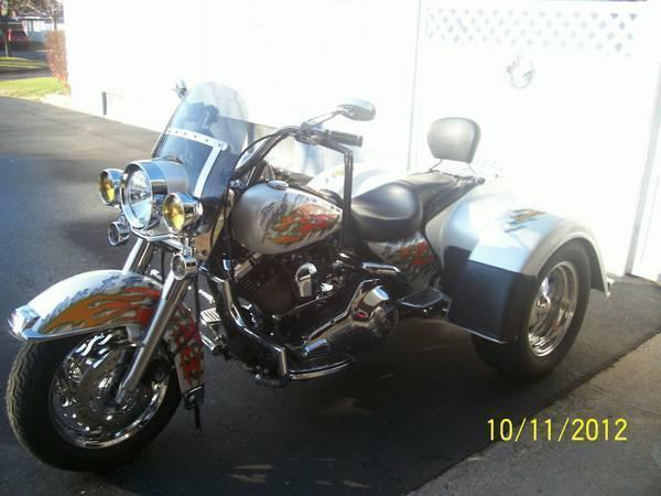 1998 Harley Davidson Road King in Bloomington, MN
