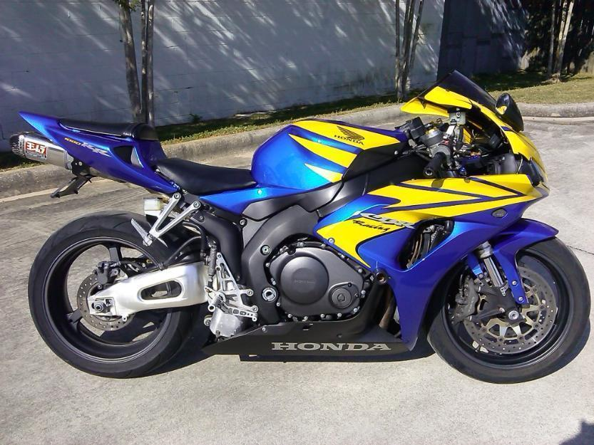 2006 Honda CBR 1000 RR . Just Serviced, Runs Strong