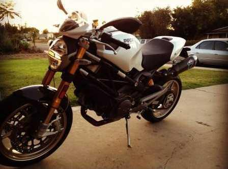 2010 Ducati Monster 1100S ABS in , CA