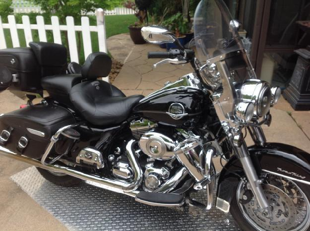 2010 Harley Davidson FLHRC Road King Classic in , TX