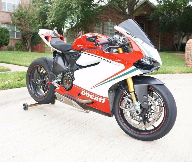 2012 Ducati Panigale Tricolore S