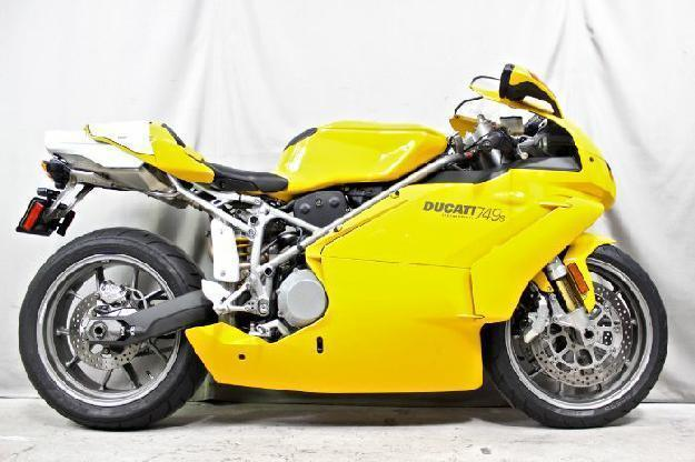 2003 DUCATI 749S - MotoCorsa,