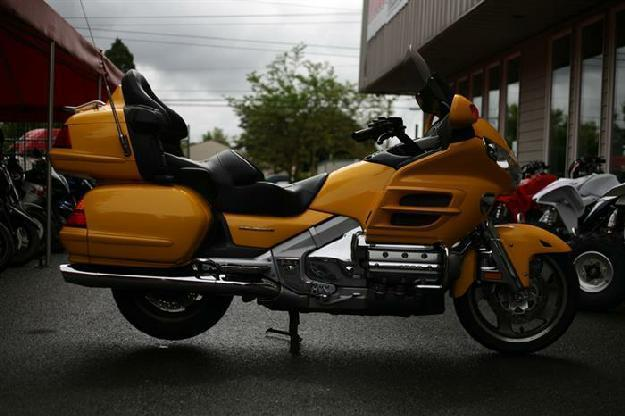 2001 Hodna Goldwing GL1800 - MotoSport ,