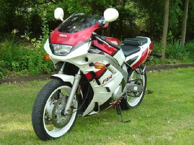 1992 Yamaha FZR600R - C&C Cycle & Cars,