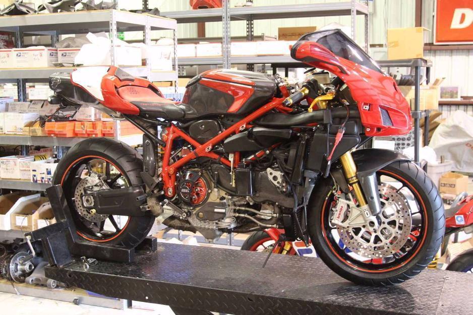 2005 Ducati Superbike 999R
