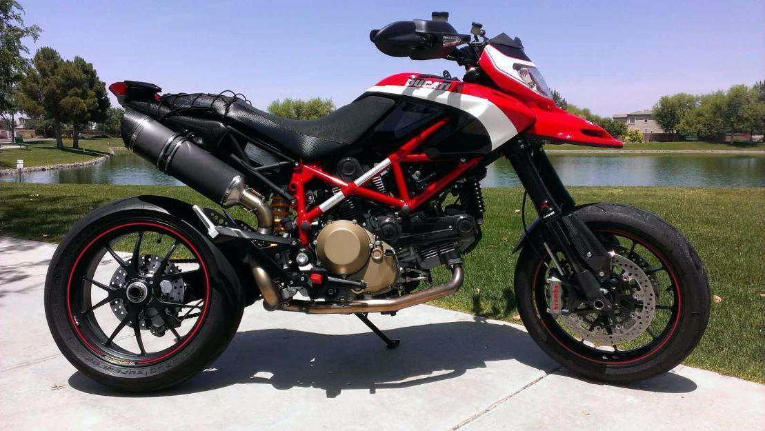 2012 Ducati Hypermotard 1100 EVO SP