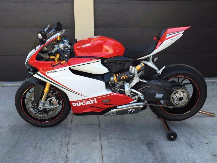 2012 Ducati 1199S Panigale Tricolore